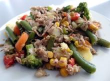 Tuńczyk z warzywami